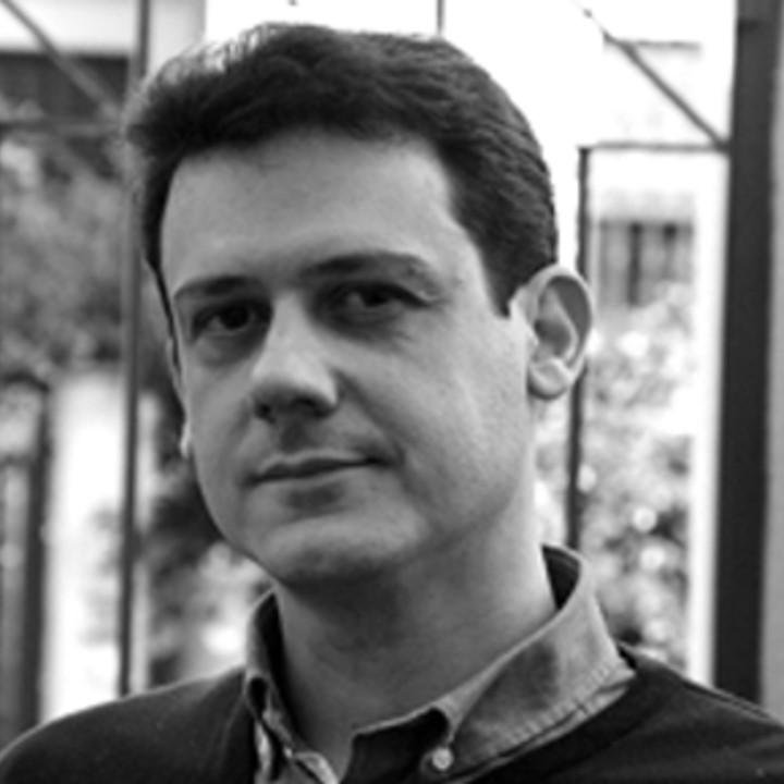ÓSCAR R. GONZÁLEZ