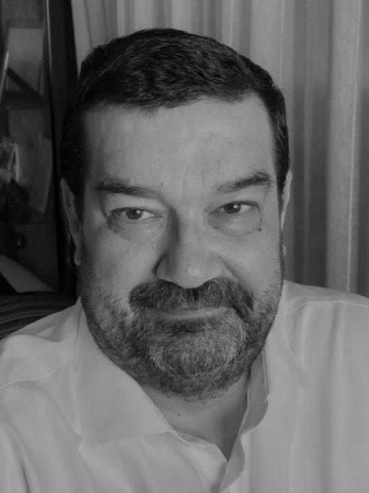 Julián Casas